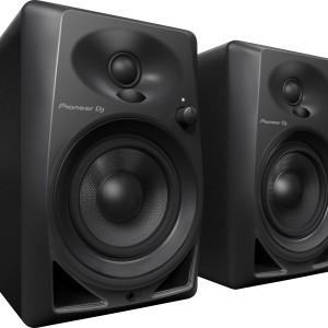 dm-40-monitor-speaker-angle-n